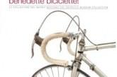 Benedette biciclette di un volume fresco di stampa